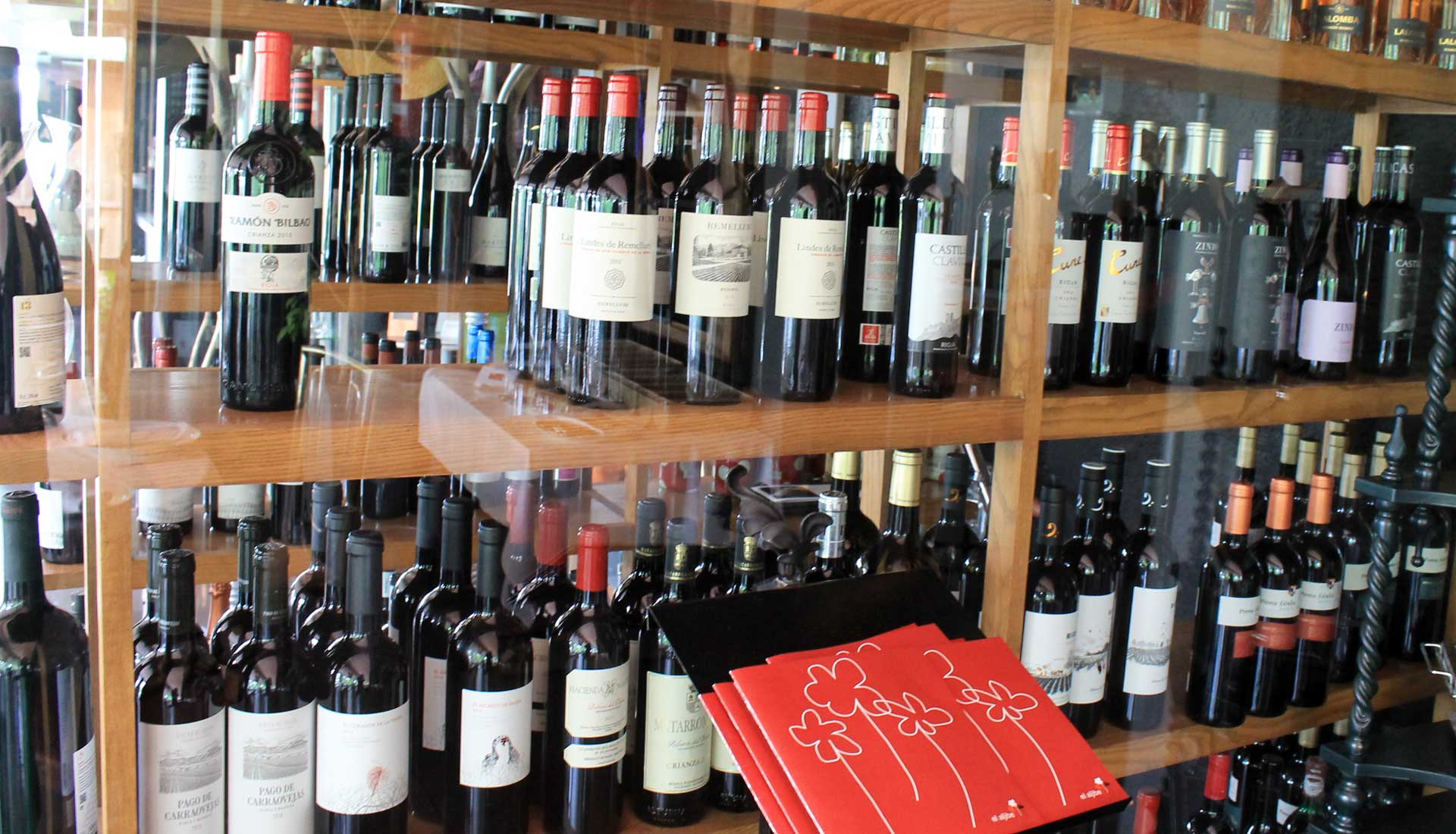 vinacoteca restaurante el aljibe Serranillos playa cerca de Talavera