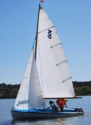 Actividades náuticas en Cazalegas Club Náutico Serranillos